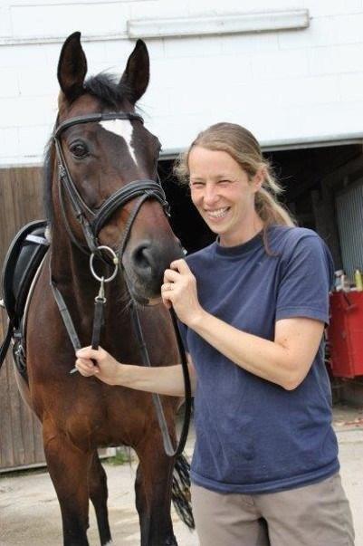 Julia Maaß - ausgebildete Pferdewirtin und Bereiterin FN